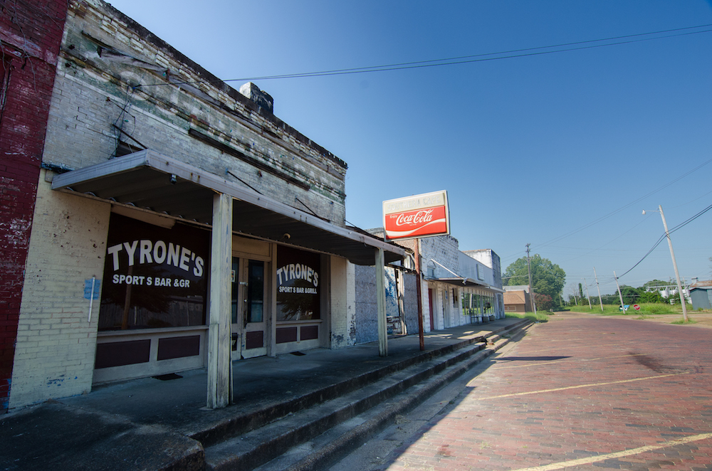 Itta-bena-mississippi-abandoned-houses-old-signs-delta-food-jenny-adams