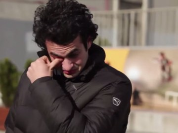 What this Techno Giant did for a Hearing Impaired Guy will bring Tears of Happiness!