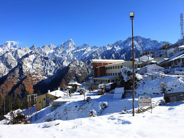Auli Station Uttarakhand Top 10 Most Family Friendly Vacation Spots in India