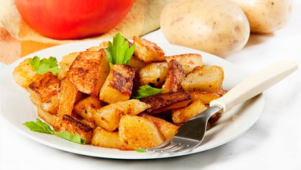 Garlic Potato Chat - 10 On the Go Recipes for Hostelites