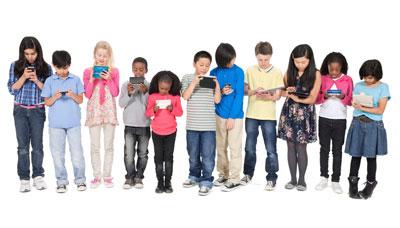 kids-group-on-phones (1)