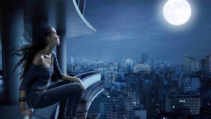 imagesource:http://www.wallpapermade.com/wallpaper//girl on balcony looking at the moon/