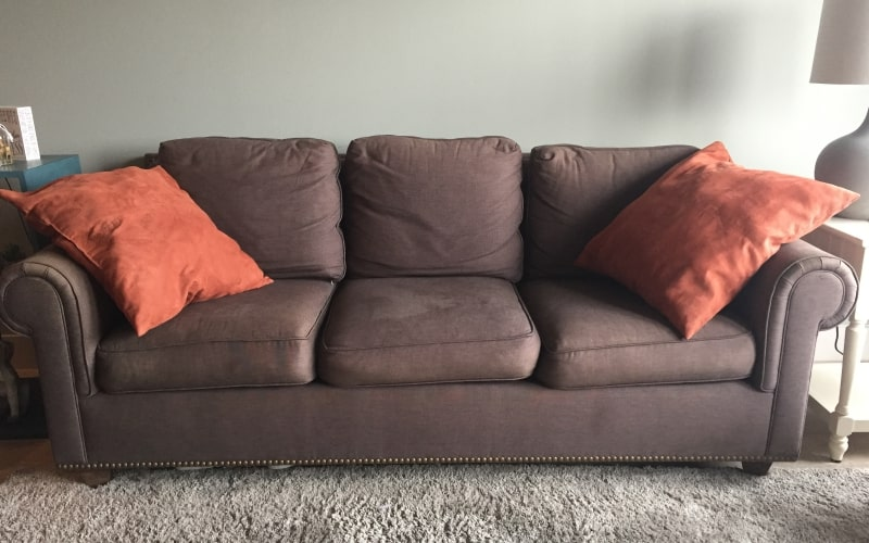 how much do used couches sell for