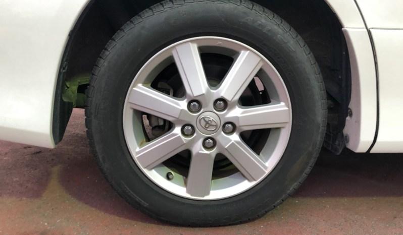 2010 Toyota Voxy full