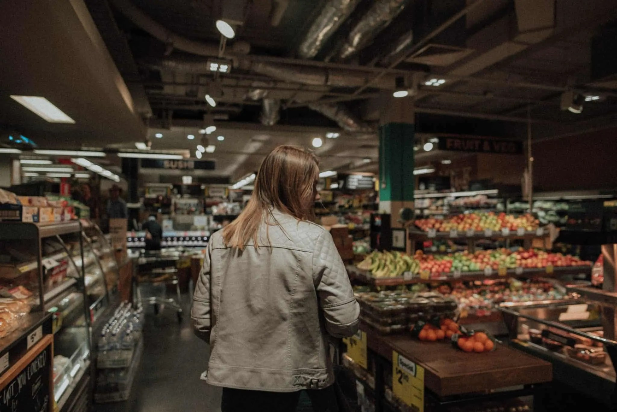 STOP BLOWING YOUR MONTHLY GROCERY BUDGET WITH THESE SIMPLE PLANNING TIPS