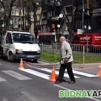 Варненска майка: колите масово не спират на пешеходни пътеки