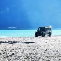 Наглост! Джип по плажа в Аспарухово