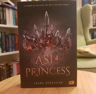Sechs Gründe, Ash Princess zu lesen (Laura Sebastian – Blogtour + Gewinnspiel)