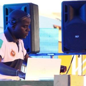 DjChinha - Angola em Festa Vol.6 (Afro House Mix) 2017