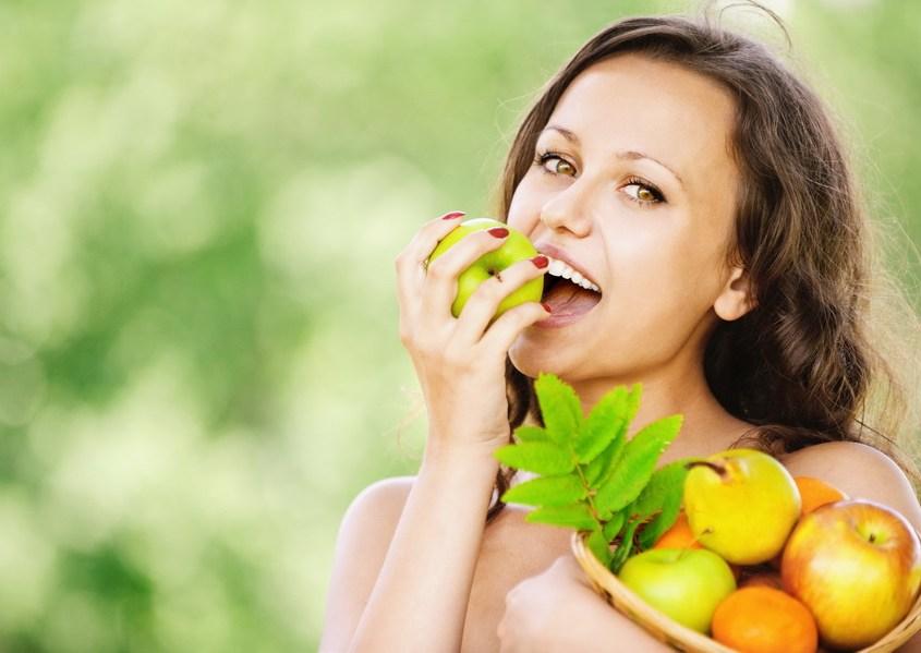 Richtige faserreiche Ernährung hält Zähne und Zahnfleisch gesund