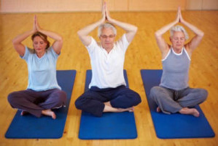 osteoporosis y posturas de yoga