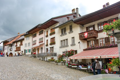 Gruyères village week-end suisse romande