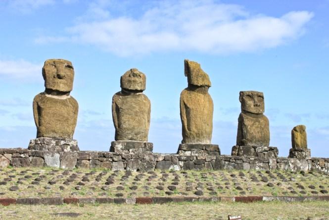 moai à tête visiter île de pâques chili