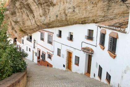Maison troglodyte Setenil de las bodegas Villages Blancs Andalousie