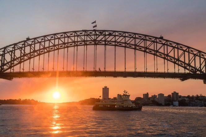 pont de Sydney Harbour bridge coucher du soleil