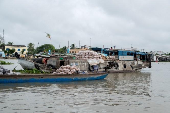 marché flottant de Can Tho delta du mékong vietnam