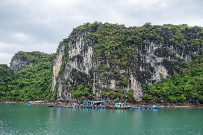 Village Cong Dam bai tu long vietnam