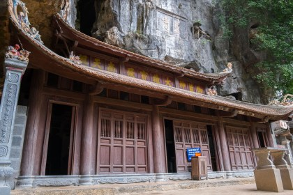 pagode bich dong baie d'halong terrestre tam coc