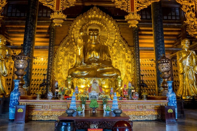 bouddha bai dinh baie d'halong terrestre tam coc