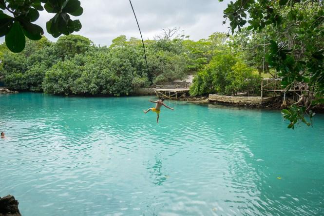 Blue-lagoon-blue-hole-vanuatu
