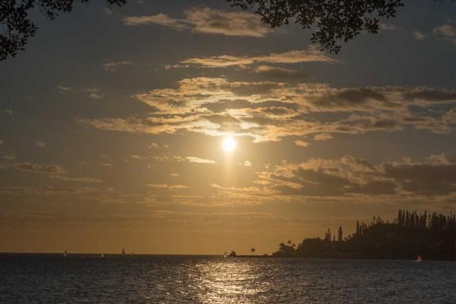 Coucher-du-soleil-Baie-des-citrons-Nouméa-Nouvelle-Calédonie