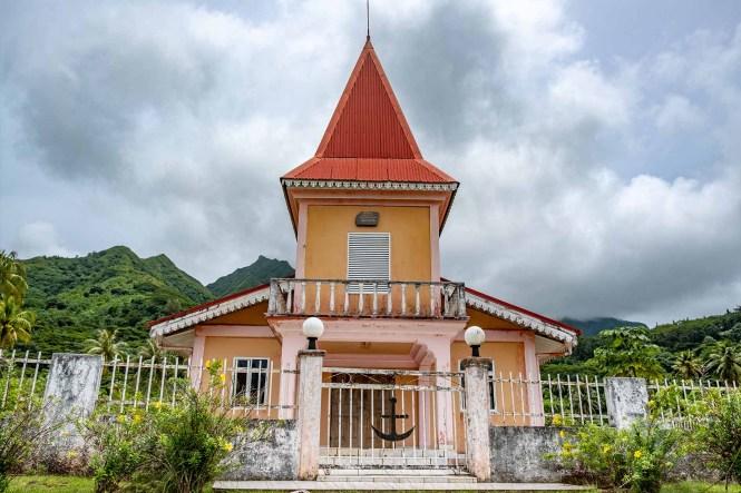 Temple-protestant-Puohine-raiatea