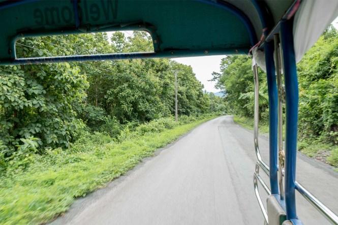 Kuang-Si-Falls-laos-transport