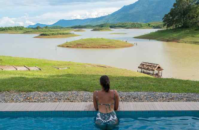 Nam-Ngum-Reservoir-vang-vieng-laos-vue