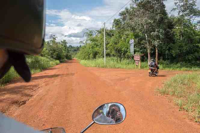 Budget-Laos-transport