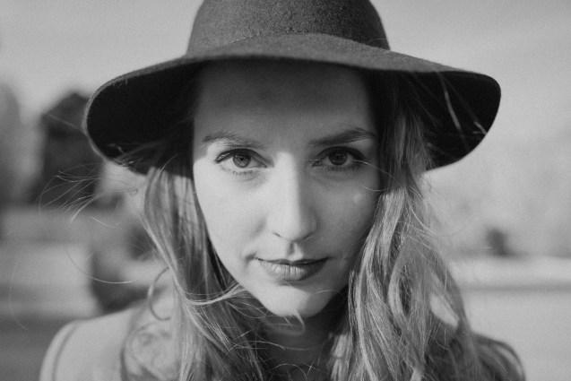 Portrait Anne Schwarzweiss