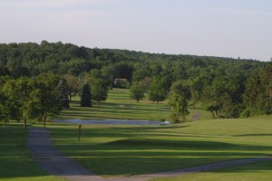 The downhill tee shot on Chestnut Hill's 10th Hole