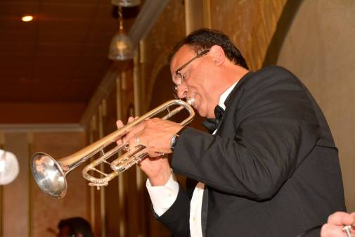 Gallery-Buffalo-Jazz-and-Swing-Band-Buffalo-NY-Weddings-23