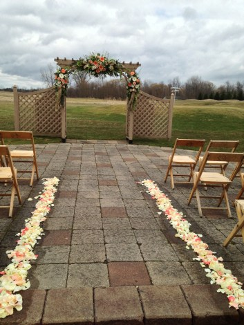 Flowers by Lipinoga Florist of Clarence NY for Wedding at Timberlodge in Akron NY (34)