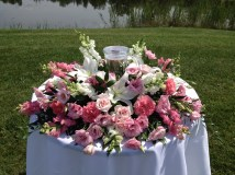 Flowers by Lipinoga Florist of Clarence NY for Wedding at Timberlodge in Akron NY (5)