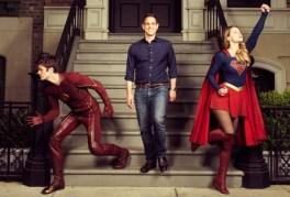 supergirl-the-flash-variety-photoshoot-photo-e1432056467915-700x477