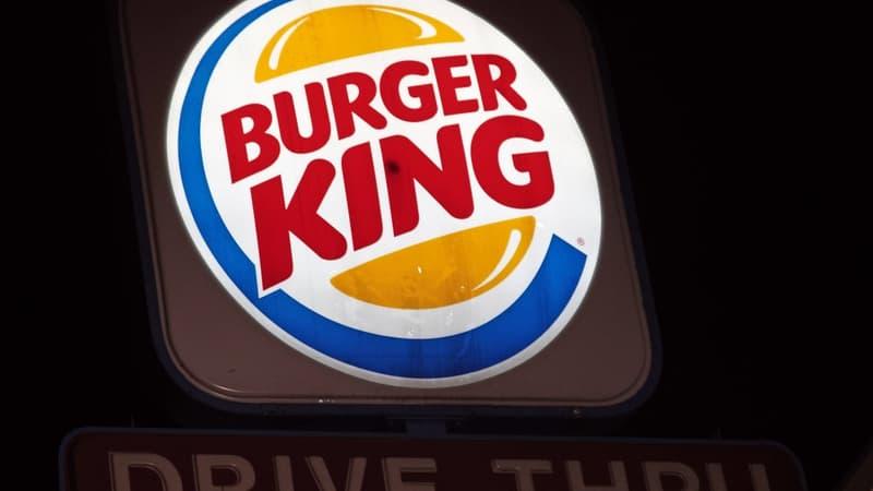 L214 interpelle Burger King sur le sort des poulets d'élevage