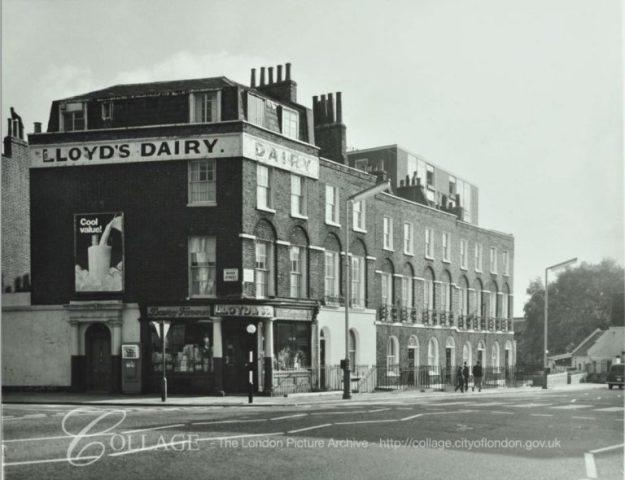 Photo One from https://collage.cityoflondon.gov.uk/view-item?key=SXsiUCI6eyJ2YWx1ZSI6ImFtd2VsbCBzdHJlZXQgcml2ZXIgc3RyZWV0Iiwib3BlcmF0b3IiOjEsImZ1enp5UHJlZml4TGVuZ3RoIjozLCJmdXp6eU1pblNpbWlsYXJpdHkiOjAuNzUsIm1heFN1Z2dlc3Rpb25zIjozLCJhbHdheXNTdWdnZXN0IjpudWxsfX0&pg=3&WINID=1533845224776#daMHWlkAf9EAAAFlIEy1ag/62626 via https://alondoninheritance.com/london-streets/lloyds-dairy-lloyd-baker-estate/