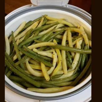 A quick, healthy, colorful side dish - Fresh steamed green and yellow beans