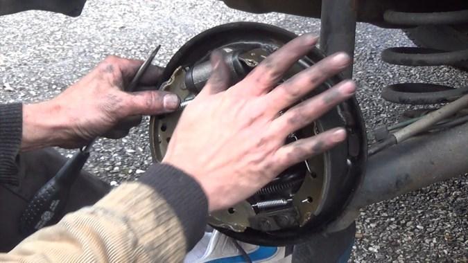 Mettre en place le kit de frein