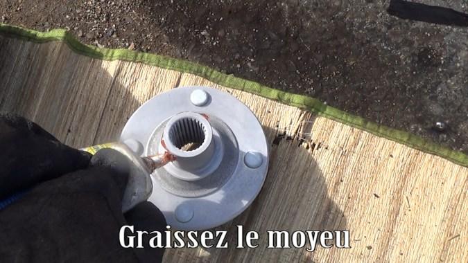 Graisser le moyeu
