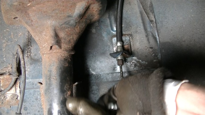 Raccord hydraulique du flexible de frein serré