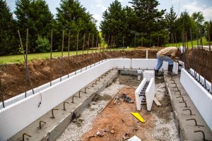 Building ICF pool