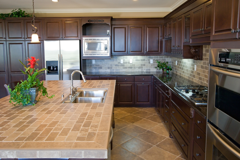 How To Maintain Porcelain & Ceramic Tile