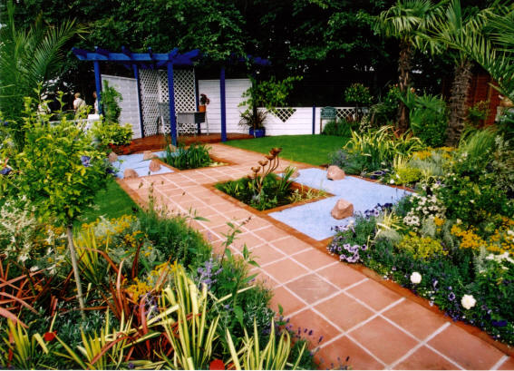 A Landscape Gardener Brings Knowledge Of Landscape Design Principles And  Plants To Help You Create An Attractive, Integrated Home Landscape.