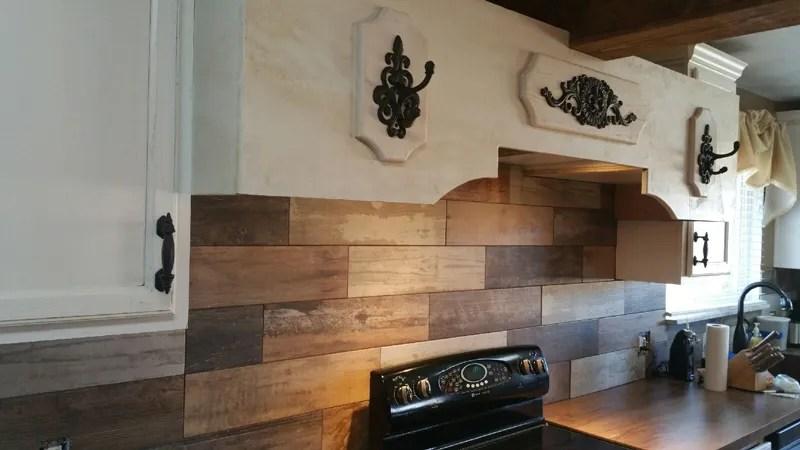 wood-look-tile-backsplash - 10 Best Backsplash Tile Choices For Your Home €� Builders Surplus