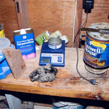 Main ingredients for bedding compound - pine rosin, turpentine, linseed oil and beeswax