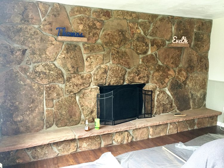 How to paint your dated fireplace in 24 hours   Building Bluebird #fireplacetransformation #accentwall #paint #fireplace #diy