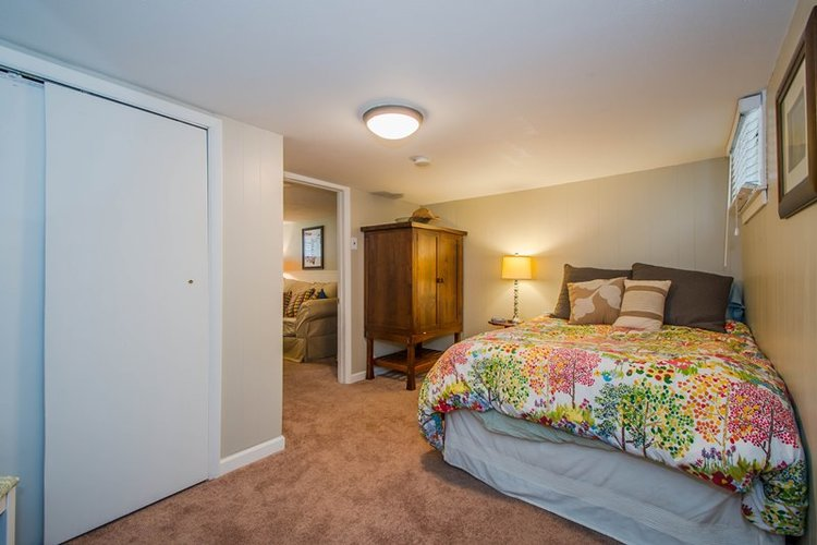 Basement bedroom renovation