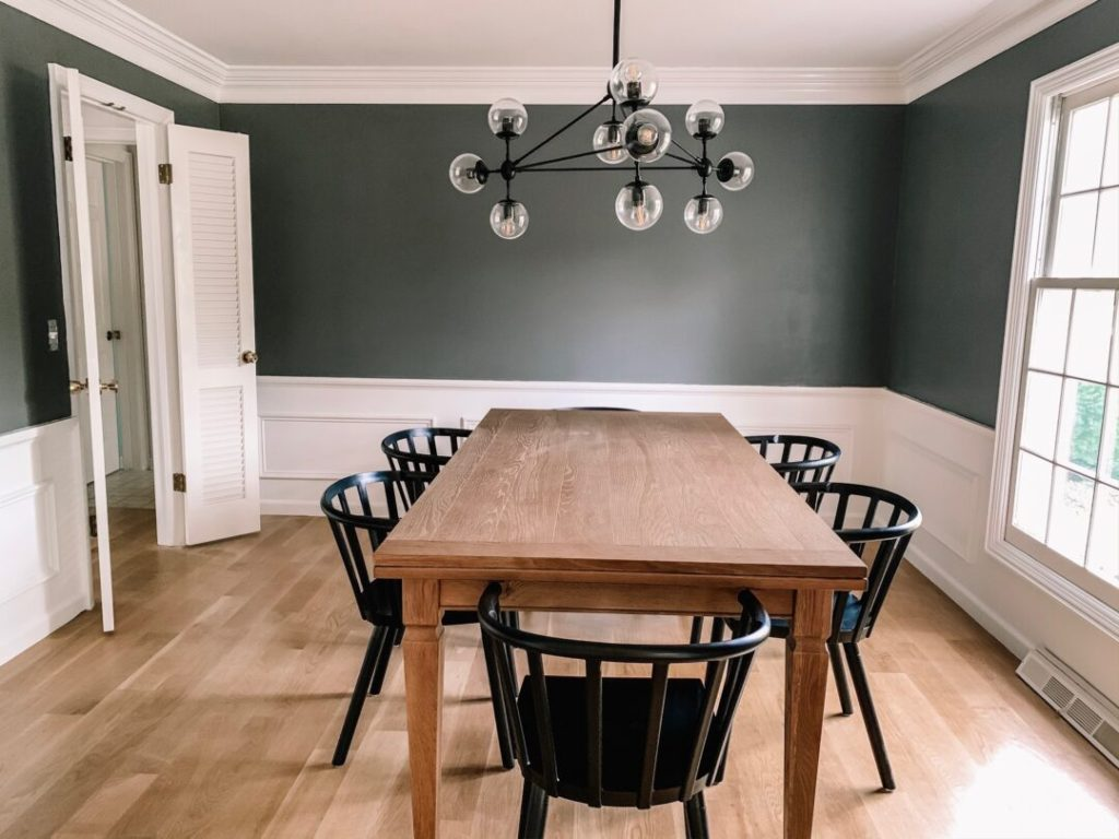 How to paint a room and achieve professional results | Building Bluebird #tutorial #moodypaint #diningroommakeover #tablesetting