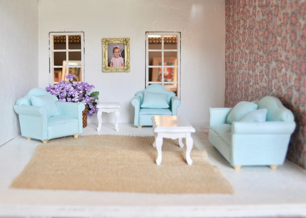Dollhouse living room with floral wallpaper and DIY'ed rug